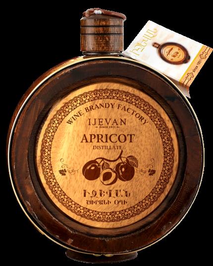 Иджеван Абрикосовая водка в деревянной бочке 0.7 л.